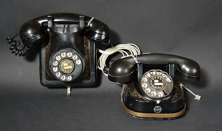 (2) DIFFERENT VINTAGE BELGIAN BELL TELEPHONE MFG. CO, METAL TELEPHONES