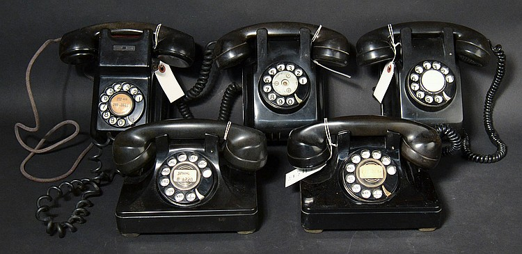 (5) DIFFERENT VINTAGE PLASTIC TELEPHONES WITH PARTY LINE HOOK SWITCHES