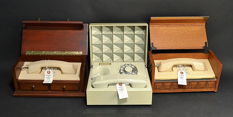 (3) DIFFERENT VINTAGE WESTERN ELECTRIC DESIGN LINE CHEST TELEPHONES
