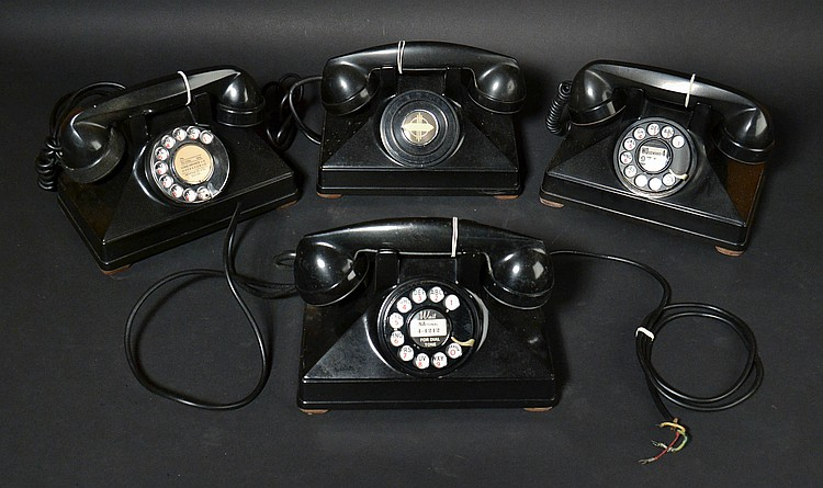 (4) DIFFERENT VINTAGE NORTHERN ELECTRIC CO. UNIPHONE DESK TELEPHONES