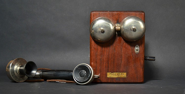 "VINTAGE WESTERN ELECTRIC # ""1002AC"" HANDSET TELEPHONE WITH BLACK WALNUT WESTERN ELECTRIC MAGNETO SUBSET # ""315H"""