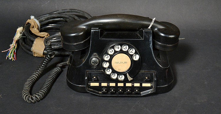 "VINTAGE ATEA METAL KEYSET DESK TELEPHONE FROM BELGIUM MARKED - ""ATEA - AUTOMATIQUE ELECTRIQUE SA-RUE DU VERGER-ANVER5"""