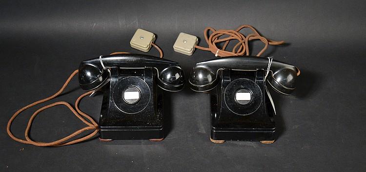 """(2) DIFFERENT VINTAGE WESTERN ELECTRIC METAL MANUAL DESK TELEPHONES - MODELS """"302"""""""