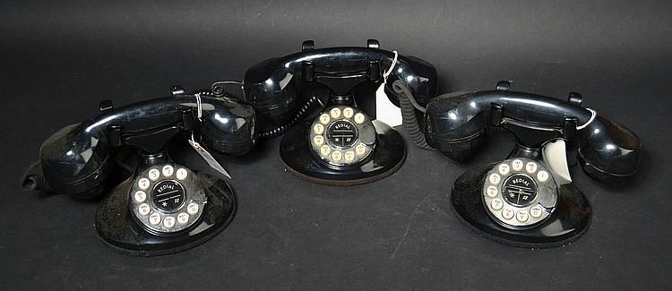 (3) DIFFERENT VINTAGE TELECONCEPTS PLASTIC CRADLE TELEPHONES