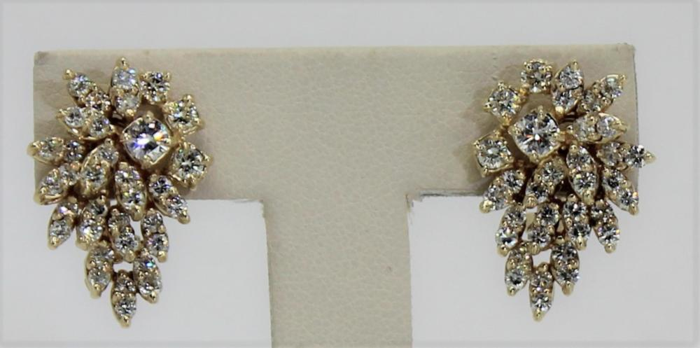 0ddf1830aecb8 Contemporary Yellow Gold & Diamond Cluster Earrings.