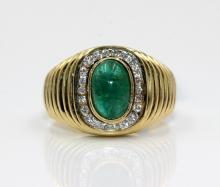 18Kt YG, Cabochon Cut Emerald & 0.22cts. Diamonds Ribbed Ring
