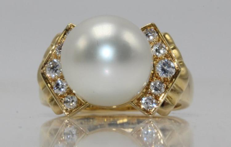 Christian Dior 18Kt YG 0.35ct. Diamond & Pearl Ring