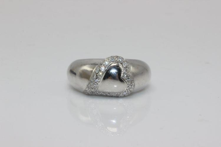 Estate 18Kt WG Diamond Heart Ring