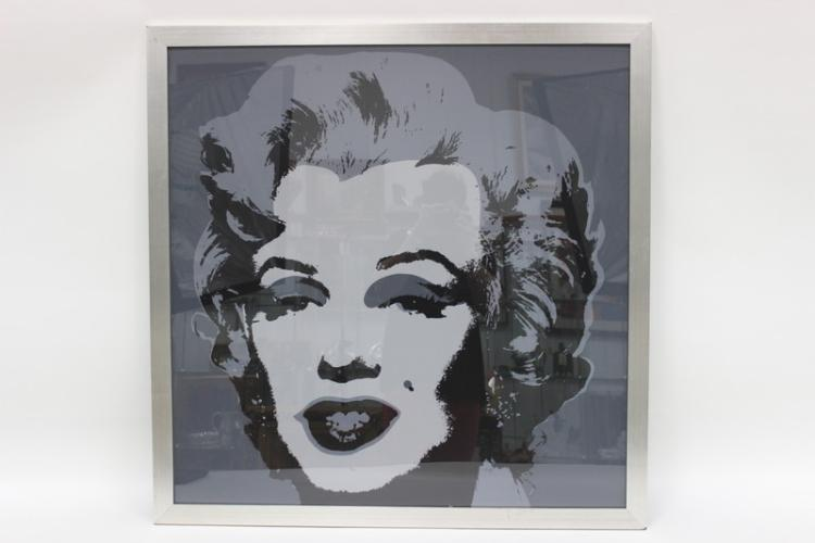 andy warhol marilyn essay Andy warhol was one of the founding members of the new art movement that began in the mid to late fifties, which was most commonly referred to as pop art, which was.