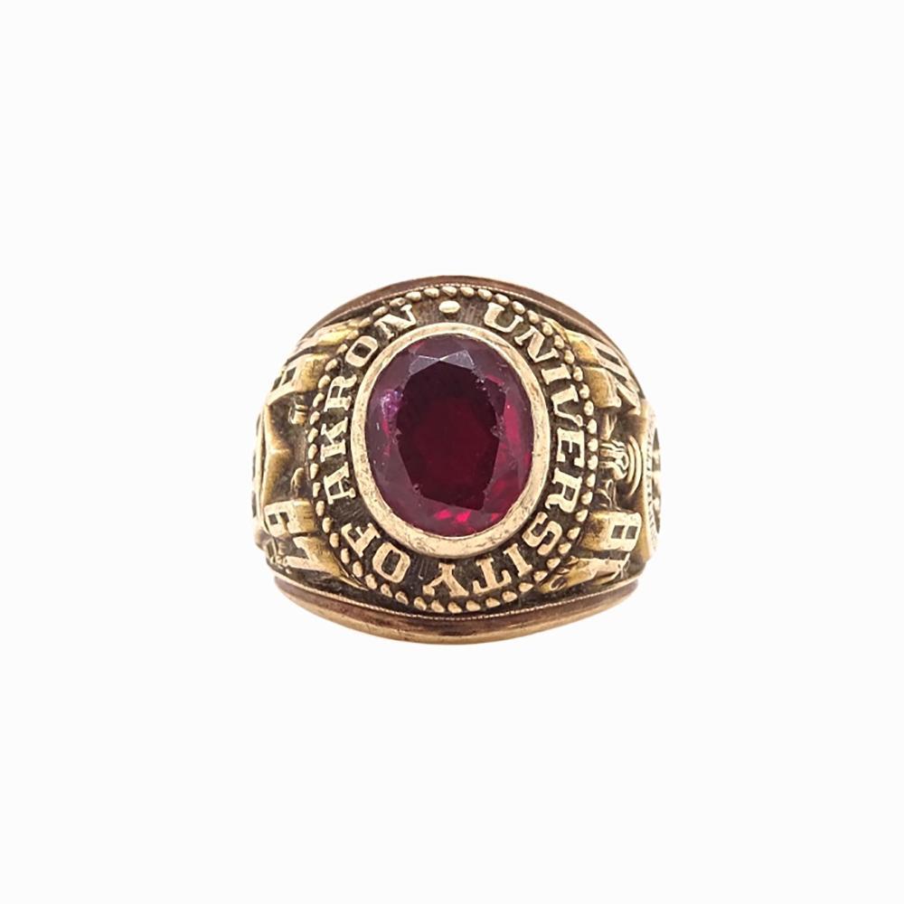1967 10K YG Ruby University Of Akron Class Ring