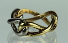 A Lady's 18 Karat Van Cleef & Arpels Ring