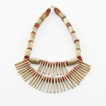 A Pre-Columbian Tayrona Red and White Coral Bead Necklace