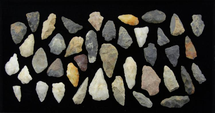 Grouping of Forty (40) Native American Indian Artifacts: Stone Arrow Heads