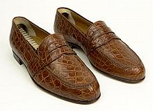 Man's Vintage Pair of Italian Gucci Alligator Loafers. Signed. Appear to be Unworn with trees. European Size 40 (US Size 7-1/2). Shipping $44.00