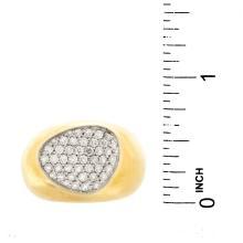 Lot 19: Vintage Roberto Coin Diamond Ring