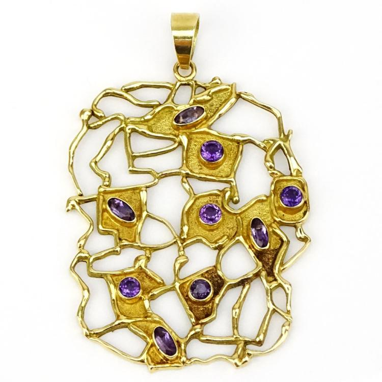 Mid Century Modern Italian 18 Karat Yellow Gold and Amethyst Free Form Pendant