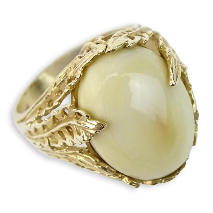 Antique Cabochon Walrus Ivory and 14 Karat Yellow Gold Ring