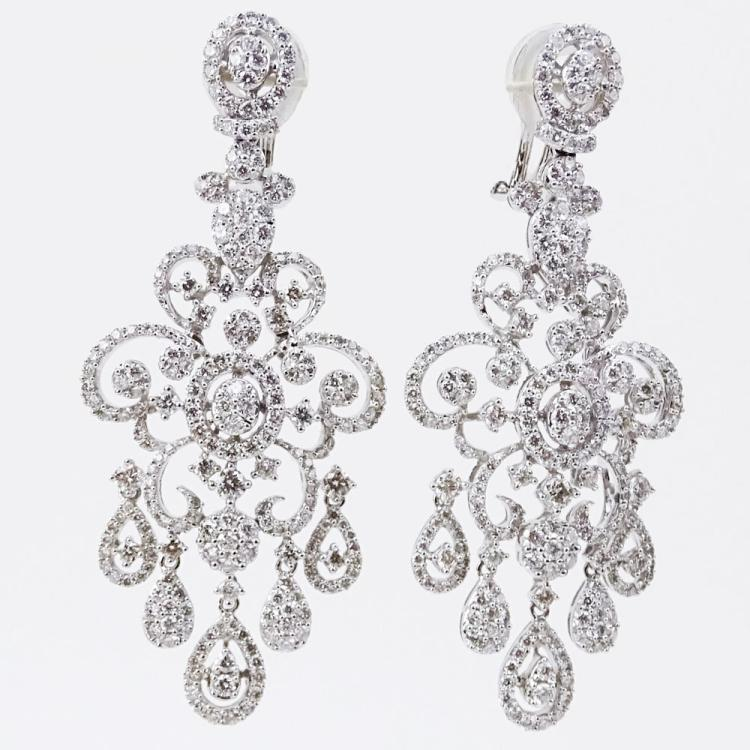 Approx. 7.0 Carat Round Brilliant Cut Diamond and 18 Karat White Gold Chandelier Earrings