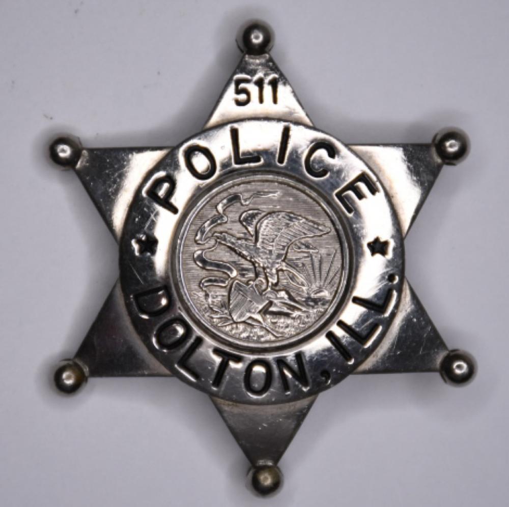 Obsolete Dolton Illinois Police Badge #511