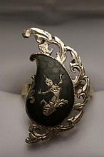 Vintage Sterling Silver Made in Siam Ring  Size 7  4.5 Grams
