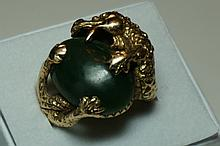 14K Yellow Gold Jade Dragon Ring  Size 8  15.6 Grams Unmarked Tested