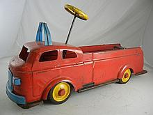 Vintage Wyandotte Ride On Fire Truck 31