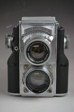 Zeiss Ikon Contraflex TLR Twin Lens Reflex Camera Comes With Carl Zeiss Lens #1513831 1:2.8F=8 cm & Carl Zeiss Lens #1892845 1:1.5F=5 cm