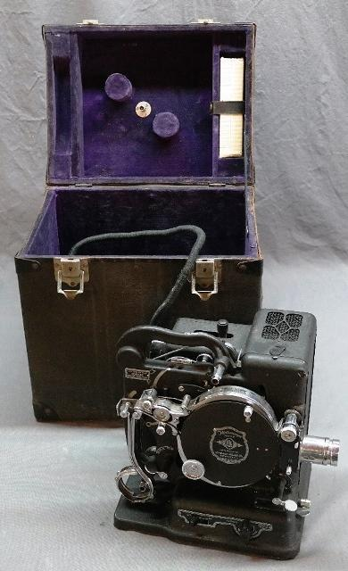Eastman Kodak Kodascope Model B Portable Projector in Case- Look at the Chrome!