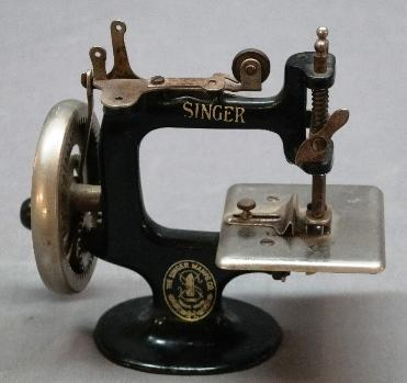 Singer Miniature Portable Sewing Machine