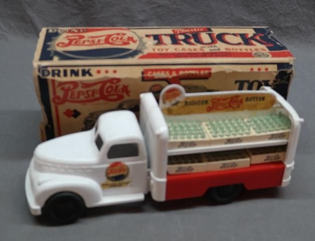 Marx Pepsi Cola Delivery Truck in Original Box with Crates
