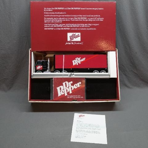 1992 Dr Pepper Sales Award Scale Model Semi Truck