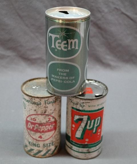 Lot of 2 Early Flat Top Soda Cans- 1950s Dr Pepper, and 7 Up + Teem