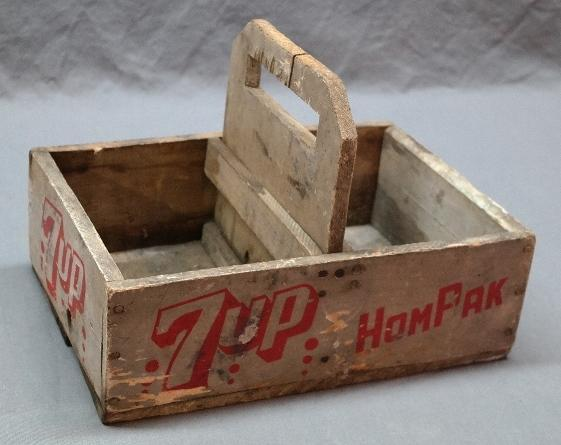 Rare 7 UP HomPak Wooden Bottle Carrier