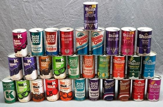 Lo tof 32 Vintage Jolly Good, Shasta Soda Cans and Others