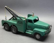 Cottonwood Acres Moss Towing Wrecker Truck with Boom- International R190