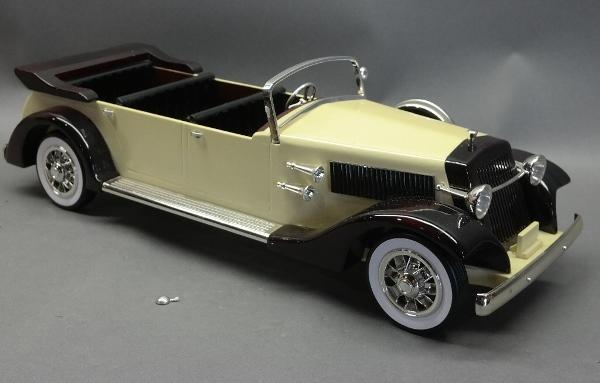 Custom Handmade Wooden Limousine
