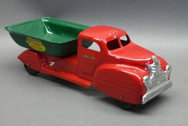 Lincoln Sand Delivery Dump Truck- Restored
