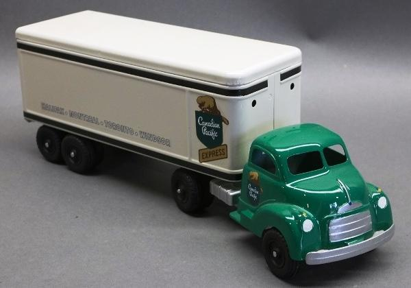 Canadian Pacific Delivery Semi Truck- Custom