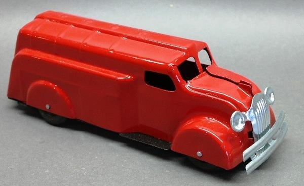 Wyandotte Rooster Comb Tanker Truck- Restored