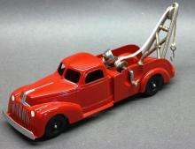 Hubley Wrecker Truck 474 with Boom and Search Light - Red - Restored