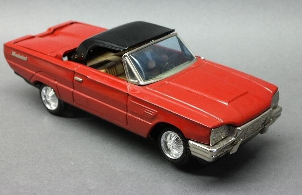Bandai Battery Operated Convertible Thunderbird w/Driver