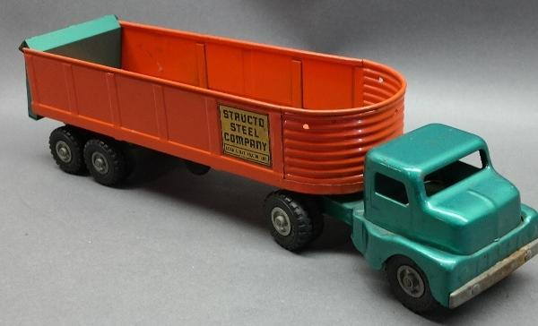 Structo Steel Ccompany Semi Truck and Trailer