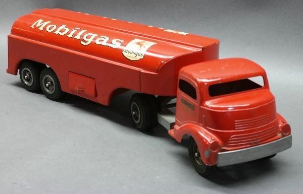 GMC Cab Smith-Miller MOBILGAS Tanker Truck