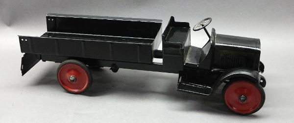 STEELCRAFT GMC Cab Dump Truck