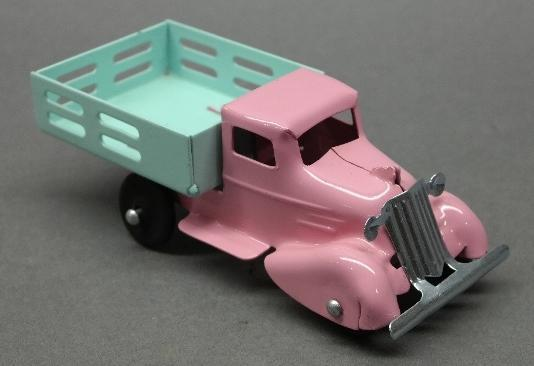Wyandotte or Marx Easter Truck with Rooster Comb- Restored