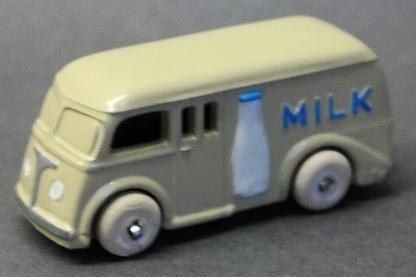 Slush toy Milk Truck with Bottle Side
