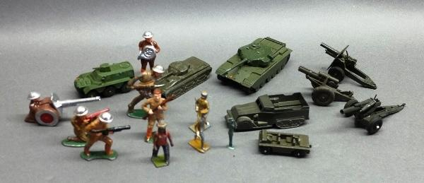 Lot of Midgetoy Army Vehicles and Unmarked Figures