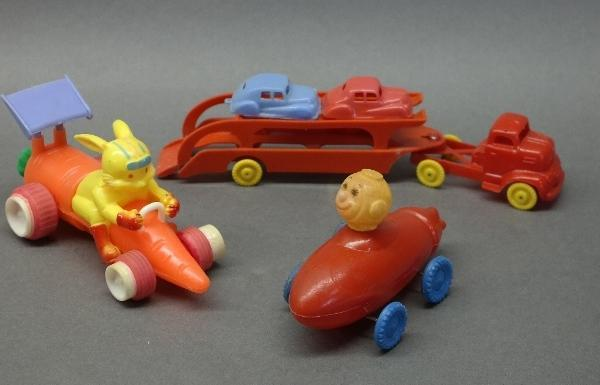 Lot of 3 1950s-60s Plastic Toys-Semi Hauler/Space Rocket Monkey/Rabbit Carrot