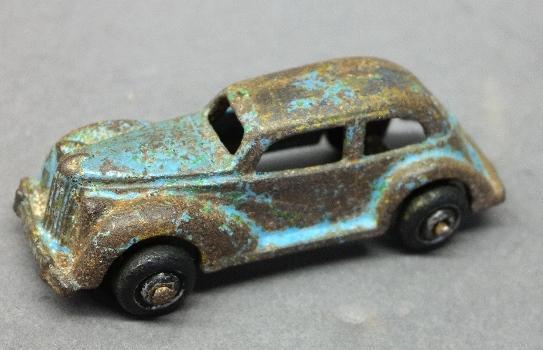 Arcade Cast Iron Ford Sedan.