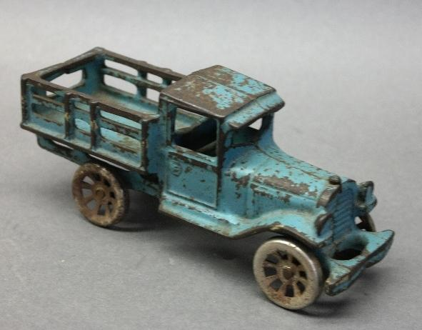 Arcade Cast Iron Stake Side Mack Farm Truck 7